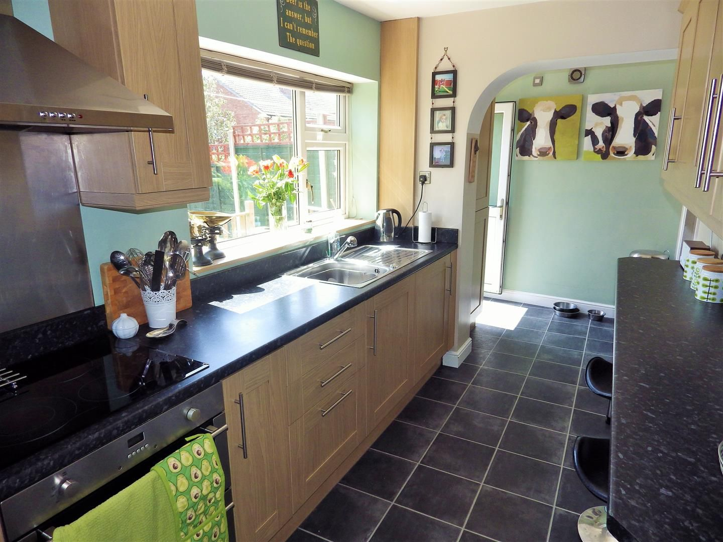 4 bed semi-detached for sale 7