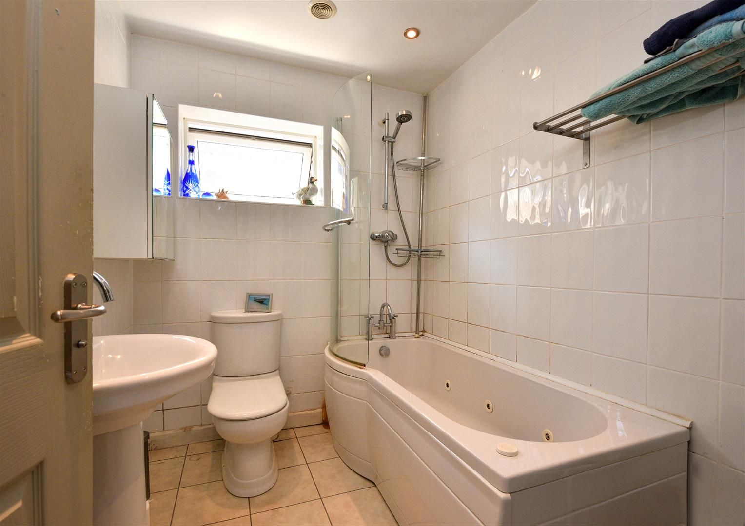 3 bed detached-bungalow for sale  - Property Image 13