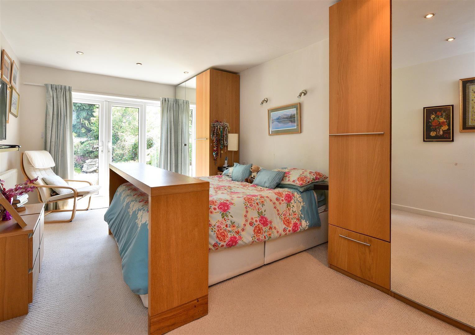 3 bed detached-bungalow for sale 9