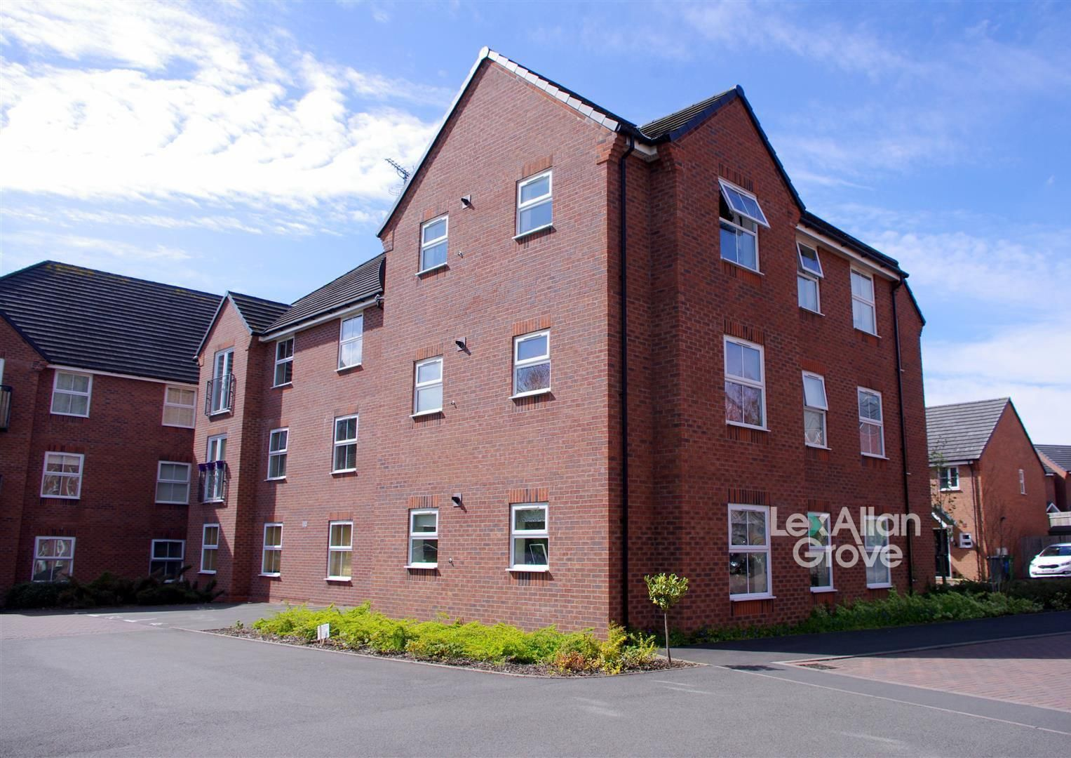 1 bed flat for sale, B63