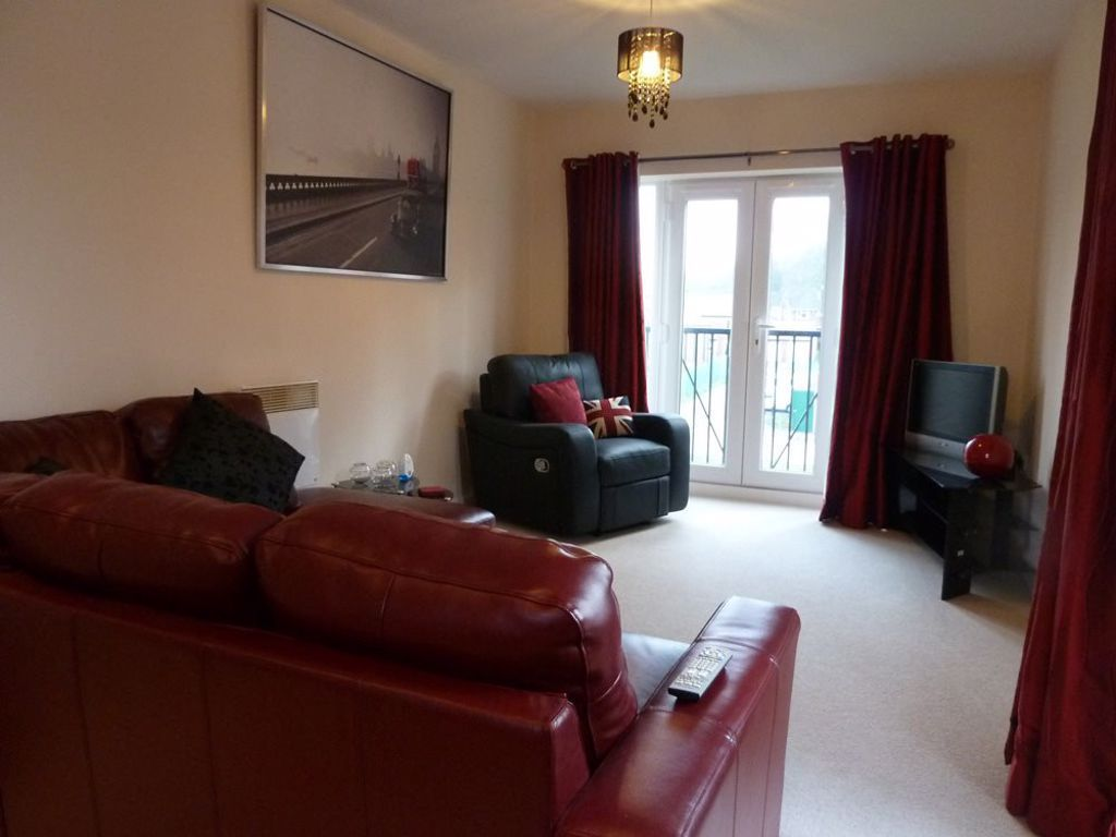 2 bed  to rent in Wordsley 2