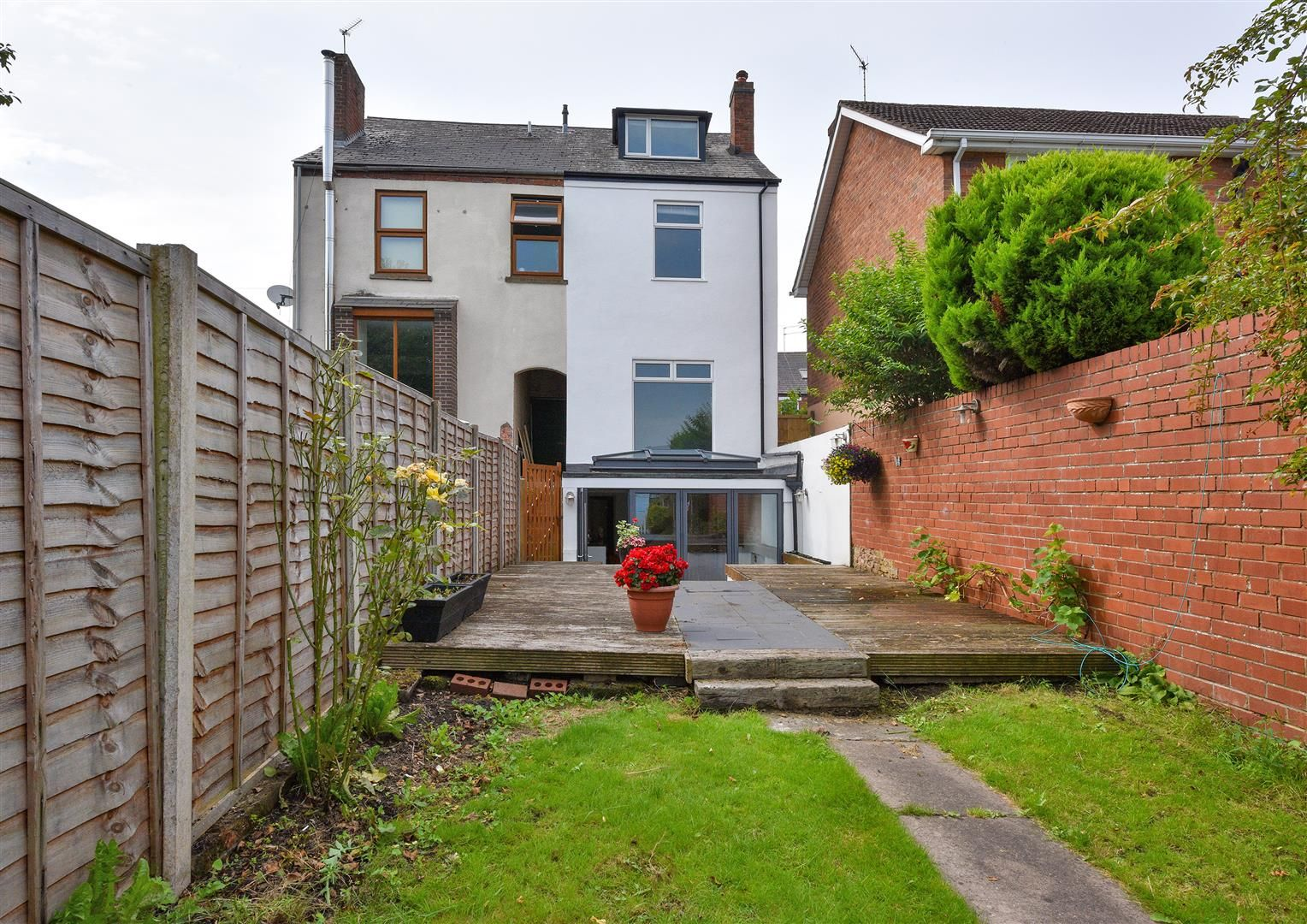 2 bed semi-detached for sale in Old Quarter  - Property Image 1