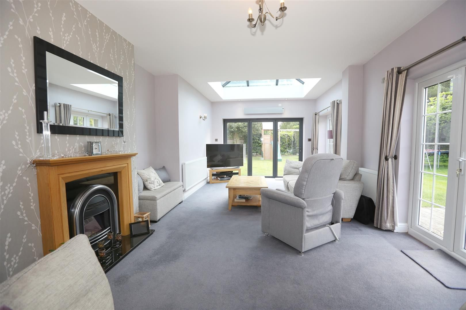 4 bed house for sale in Churchill 4