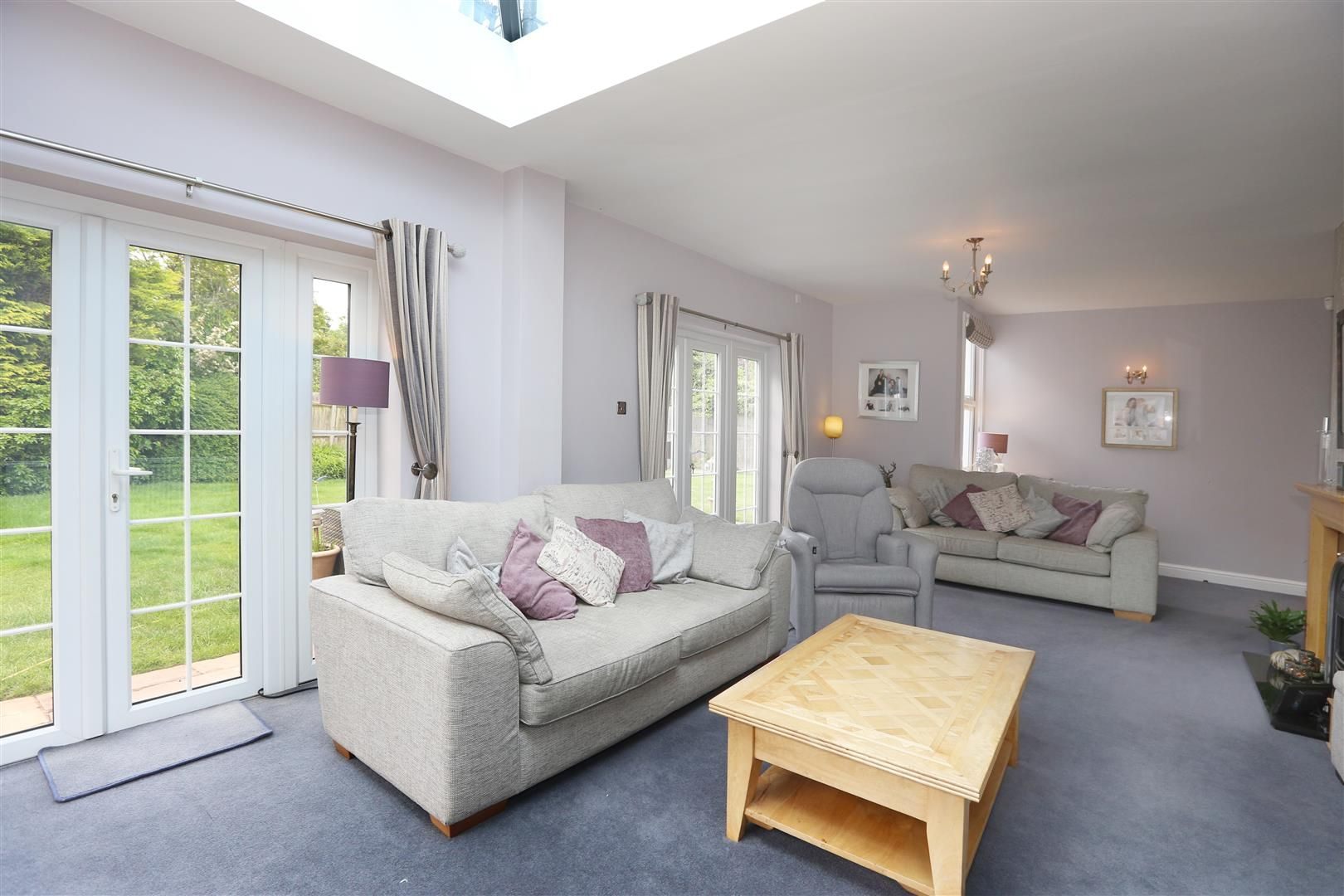 4 bed house for sale in Churchill 6