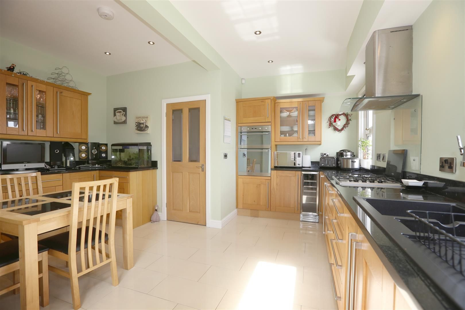 4 bed house for sale in Churchill 8