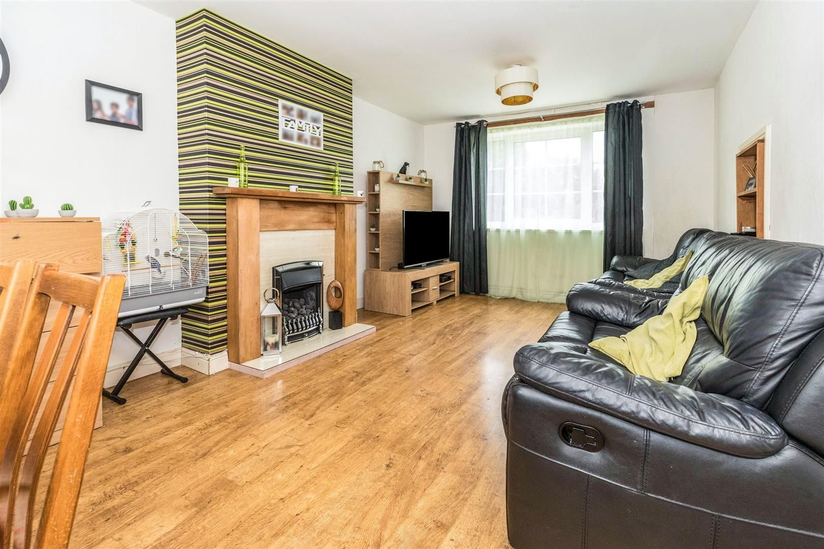 4 bed terraced for sale  - Property Image 2