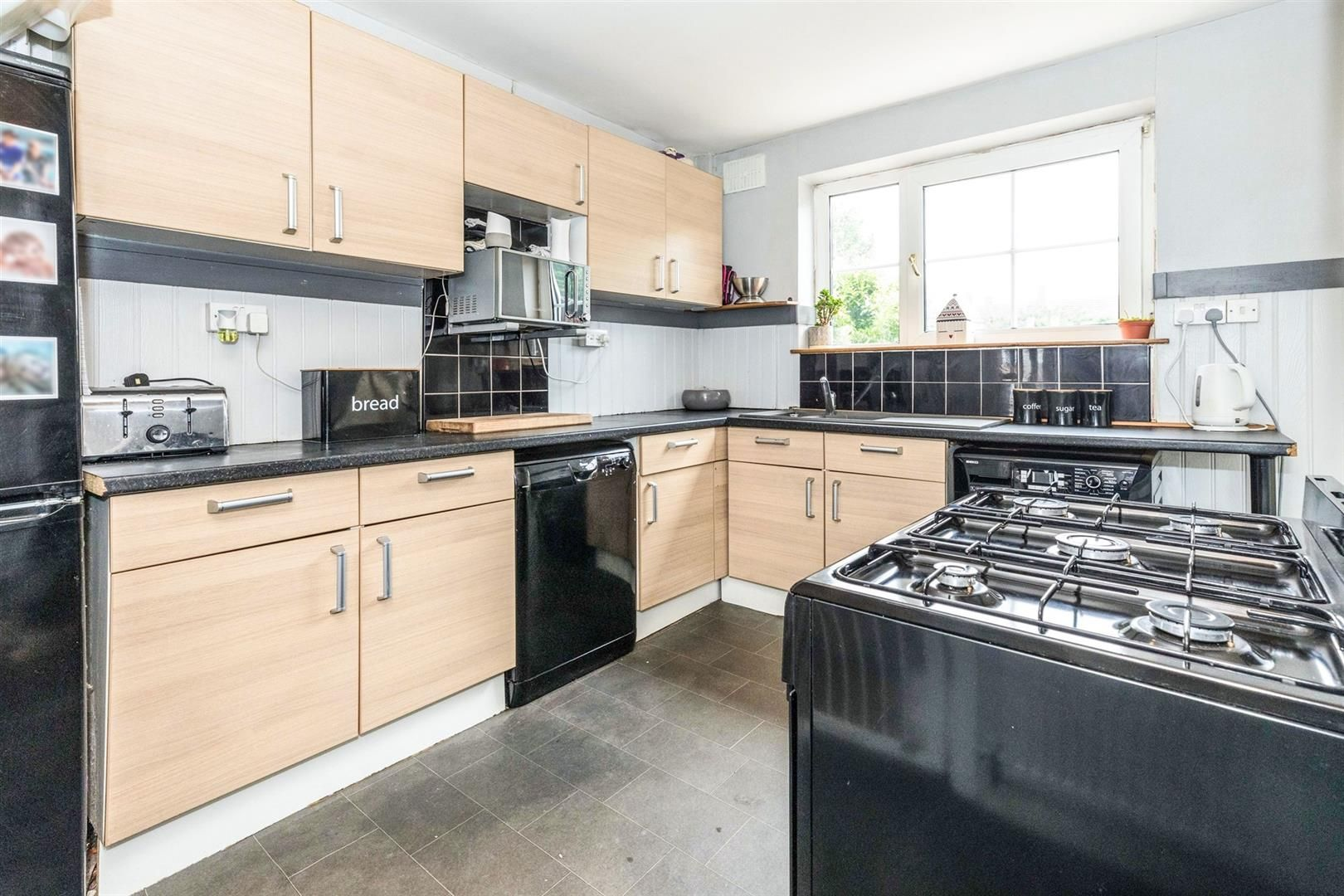 4 bed terraced for sale 4