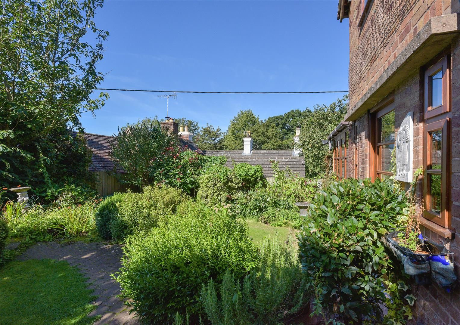 2 bed semi-detached for sale in Clent 11