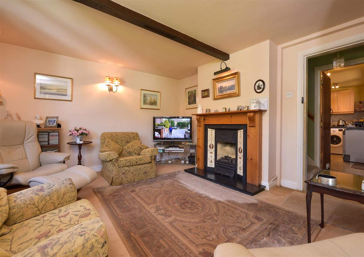 2 bed semi-detached for sale in Clent 4