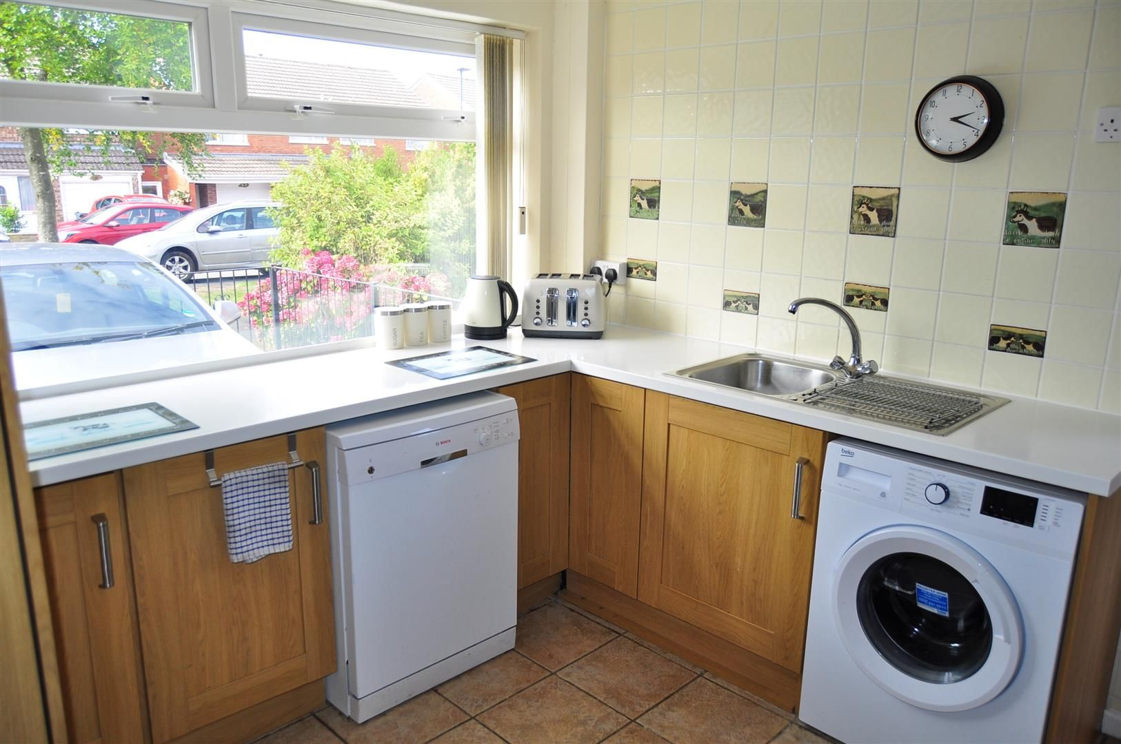 3 bed end-of-terrace for sale in Quinton 4