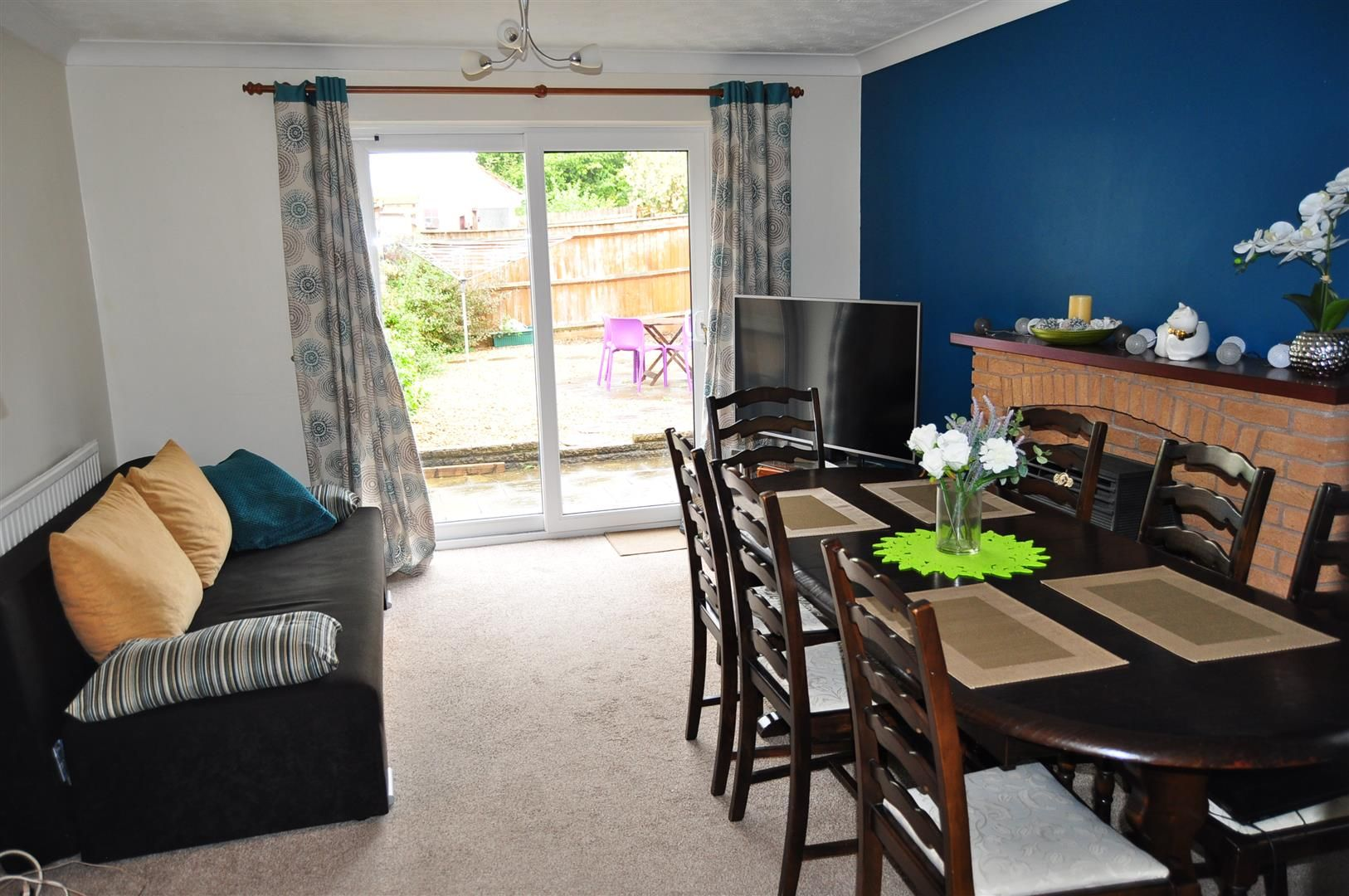 2 bed semi-detached for sale 3