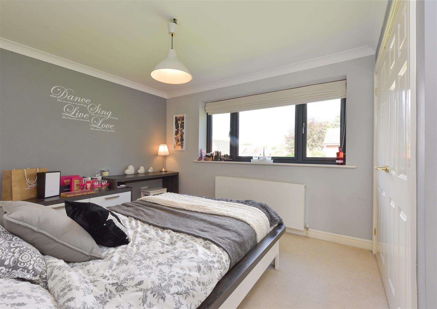 5 bed house for sale in Hagley  - Property Image 19