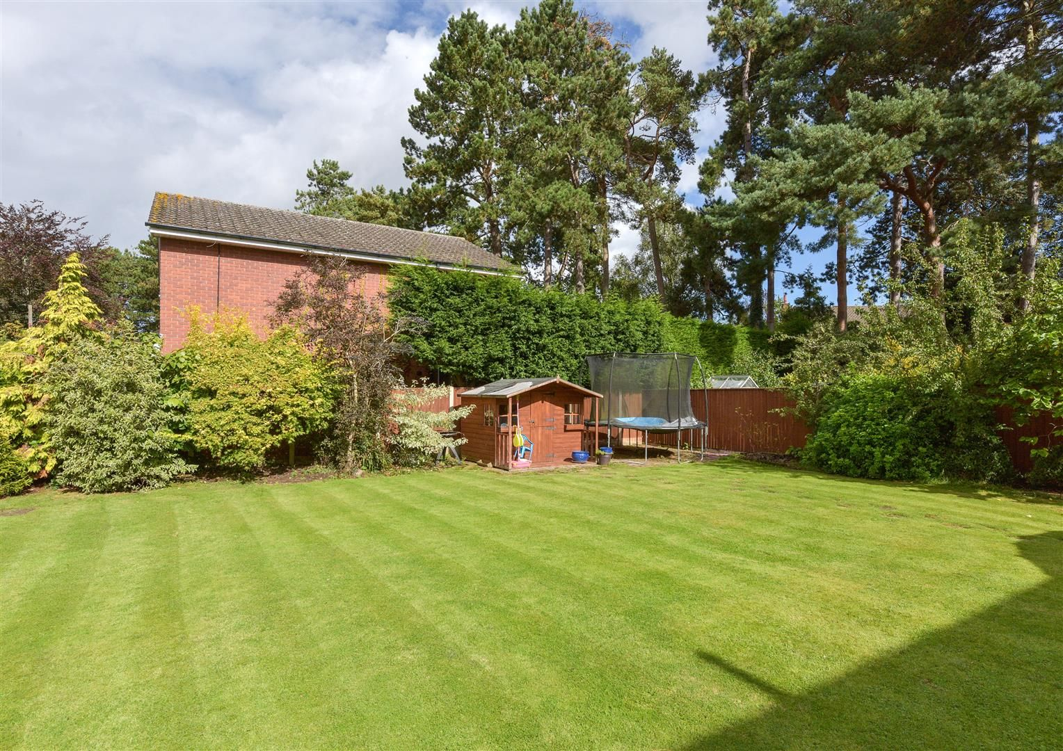 5 bed house for sale in Hagley 22
