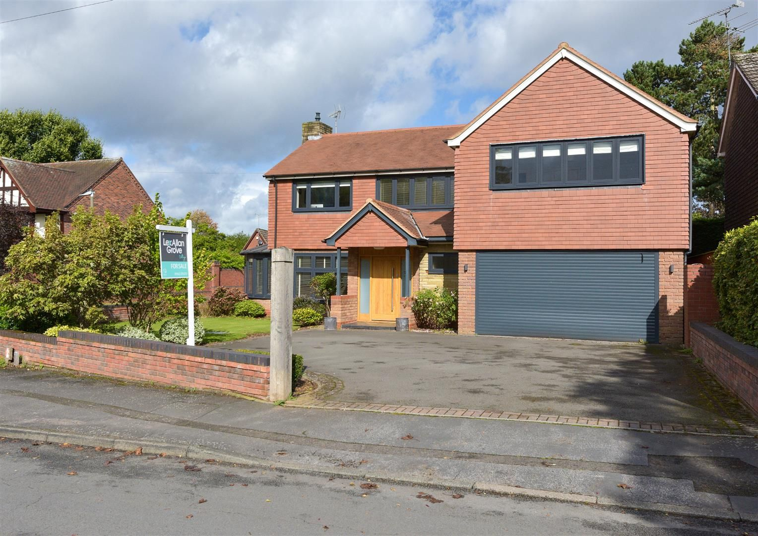 5 bed house for sale in Hagley 25