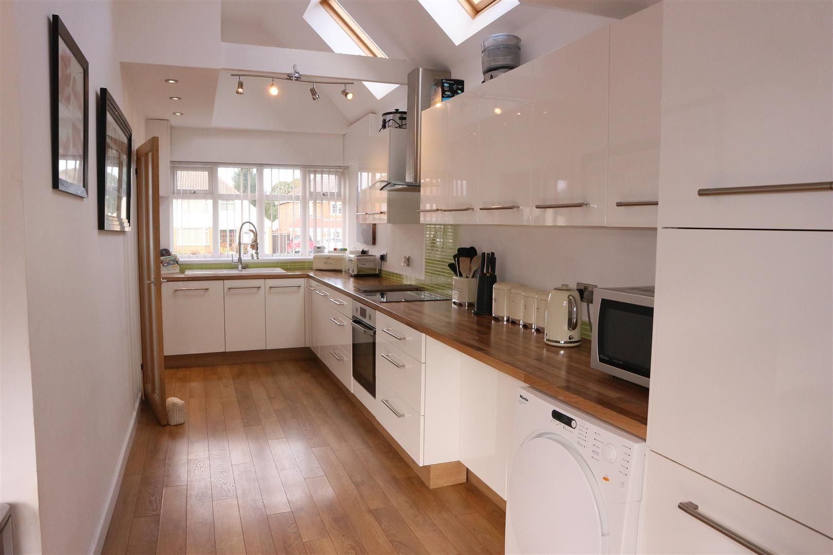 3 bed semi-detached for sale in Pedmore 3