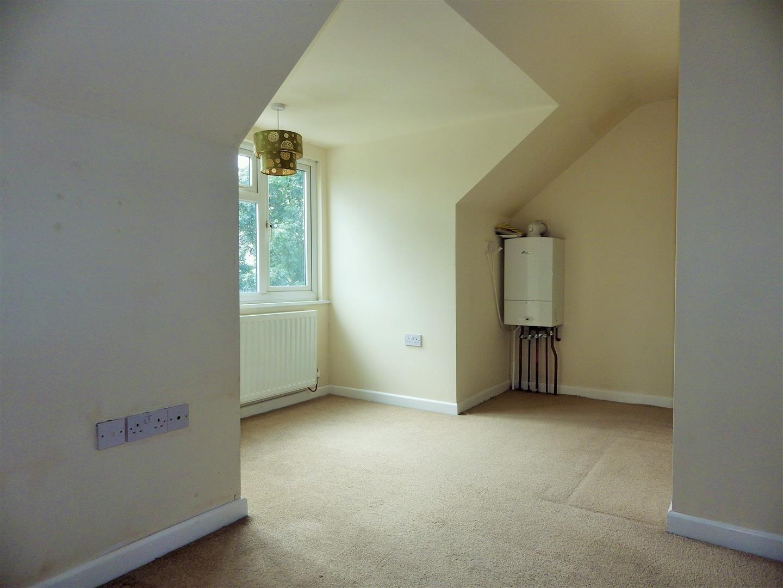 3 bed semi-detached-bungalow for sale 11