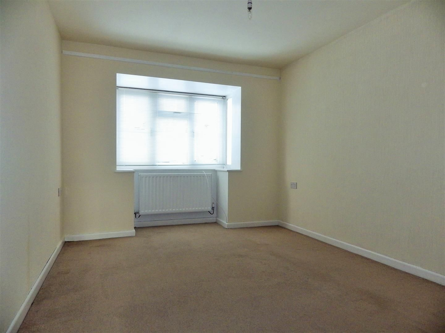 3 bed semi-detached-bungalow for sale  - Property Image 7