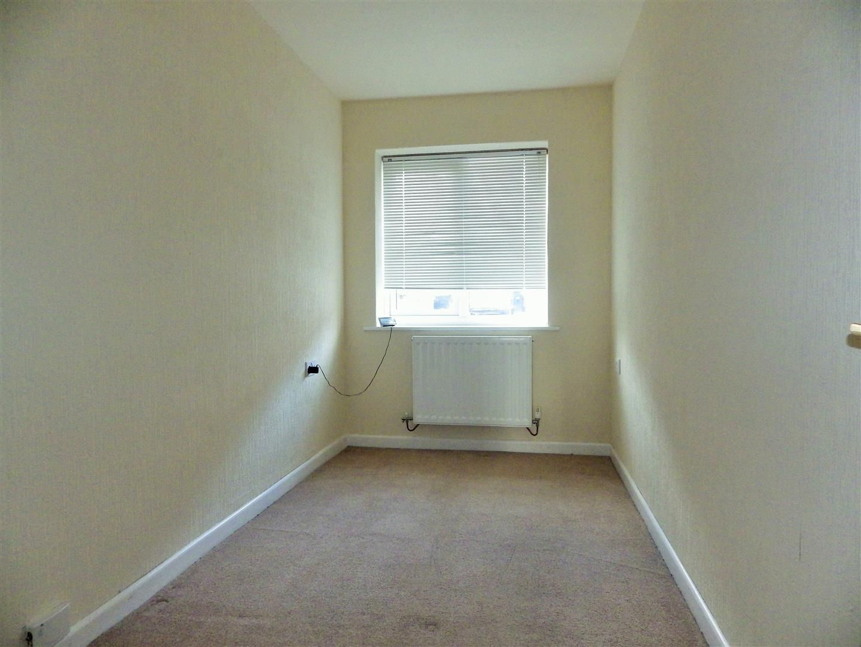 3 bed semi-detached-bungalow for sale 8