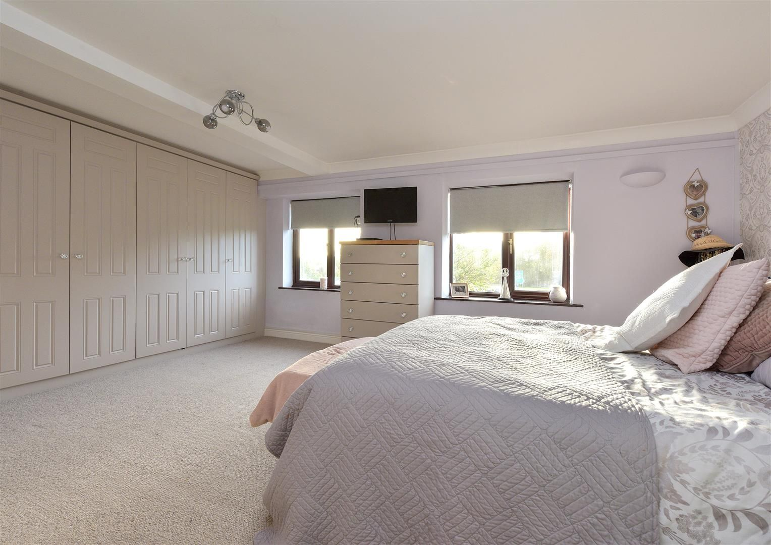 3 bed semi-detached for sale in Hayley Green  - Property Image 14