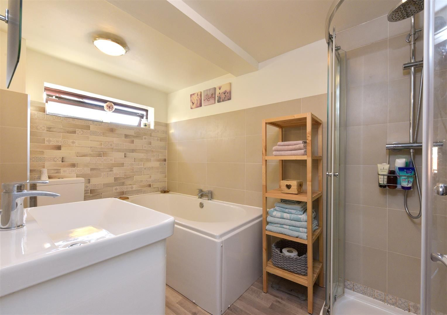 3 bed semi-detached for sale in Hayley Green 19