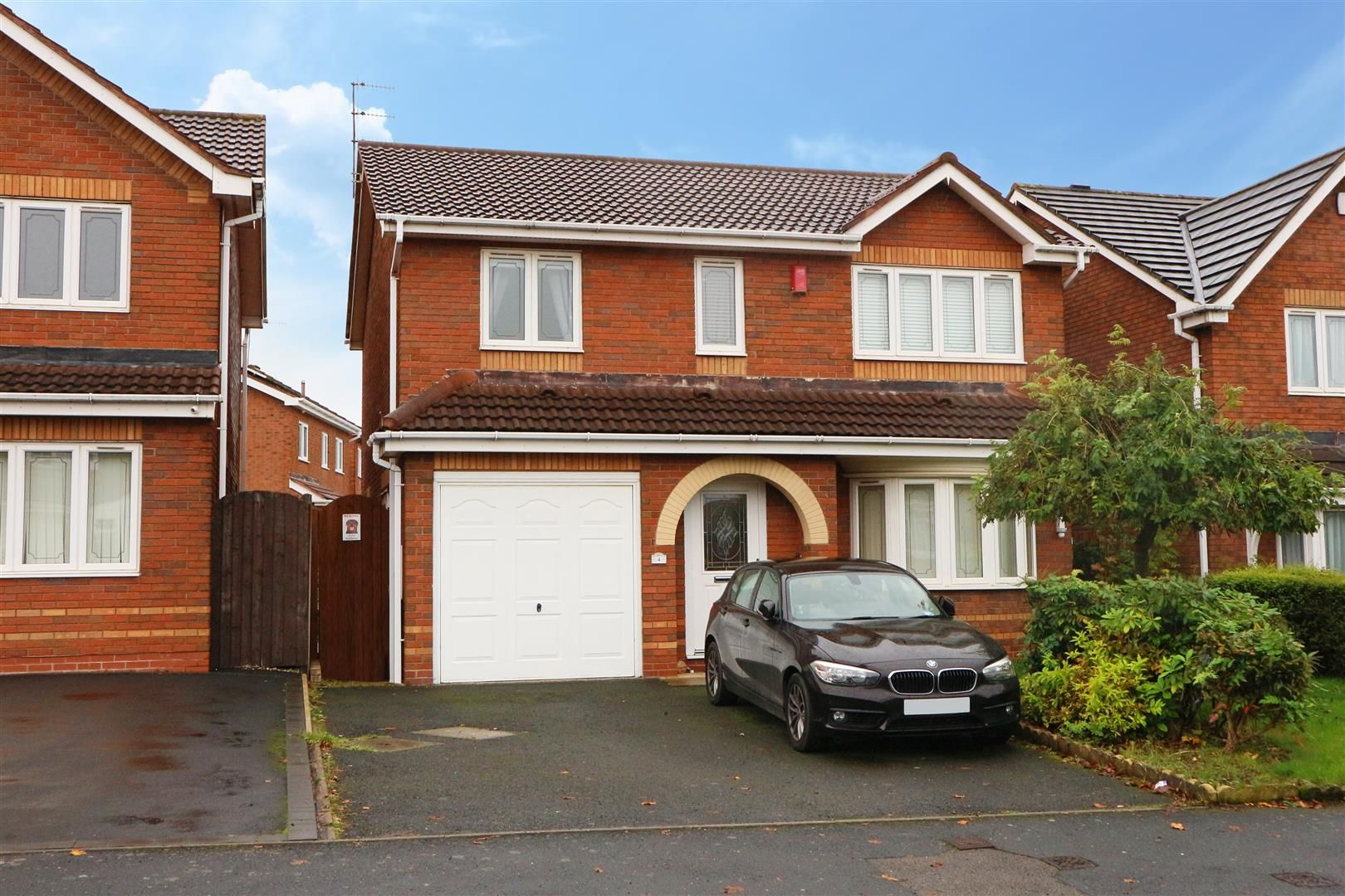 4 bed detached for sale  - Property Image 13