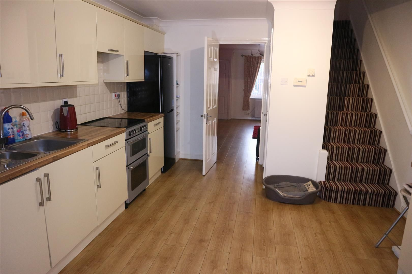 2 bed terraced for sale  - Property Image 4