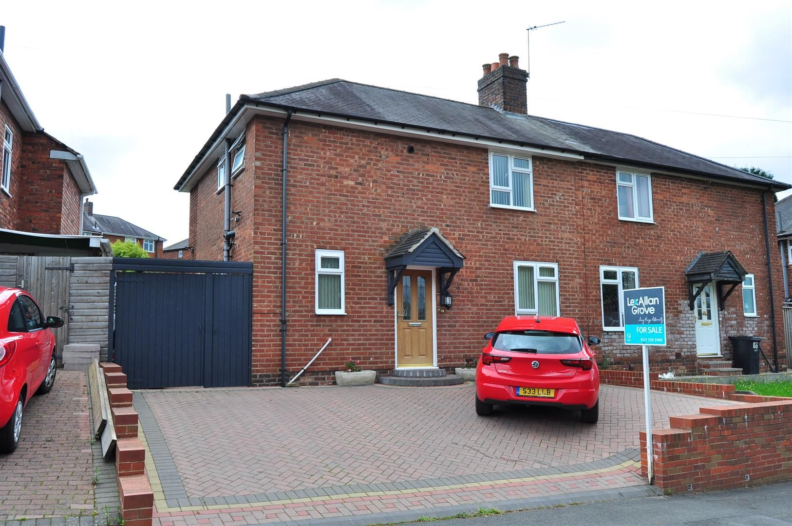 3 bed semi-detached for sale in Lower Gornal, DY3