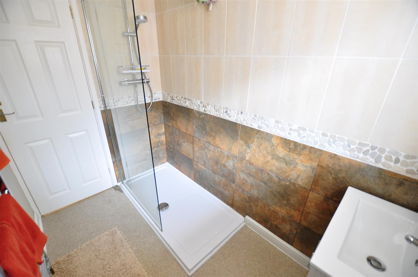 3 bed semi-detached for sale in Lower Gornal 14