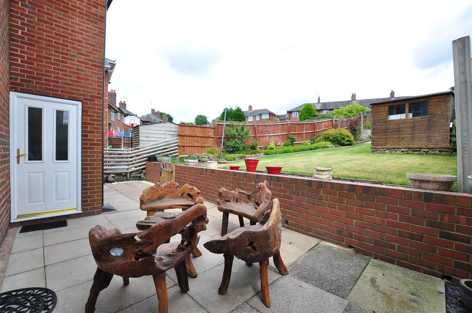 3 bed semi-detached for sale in Lower Gornal 16