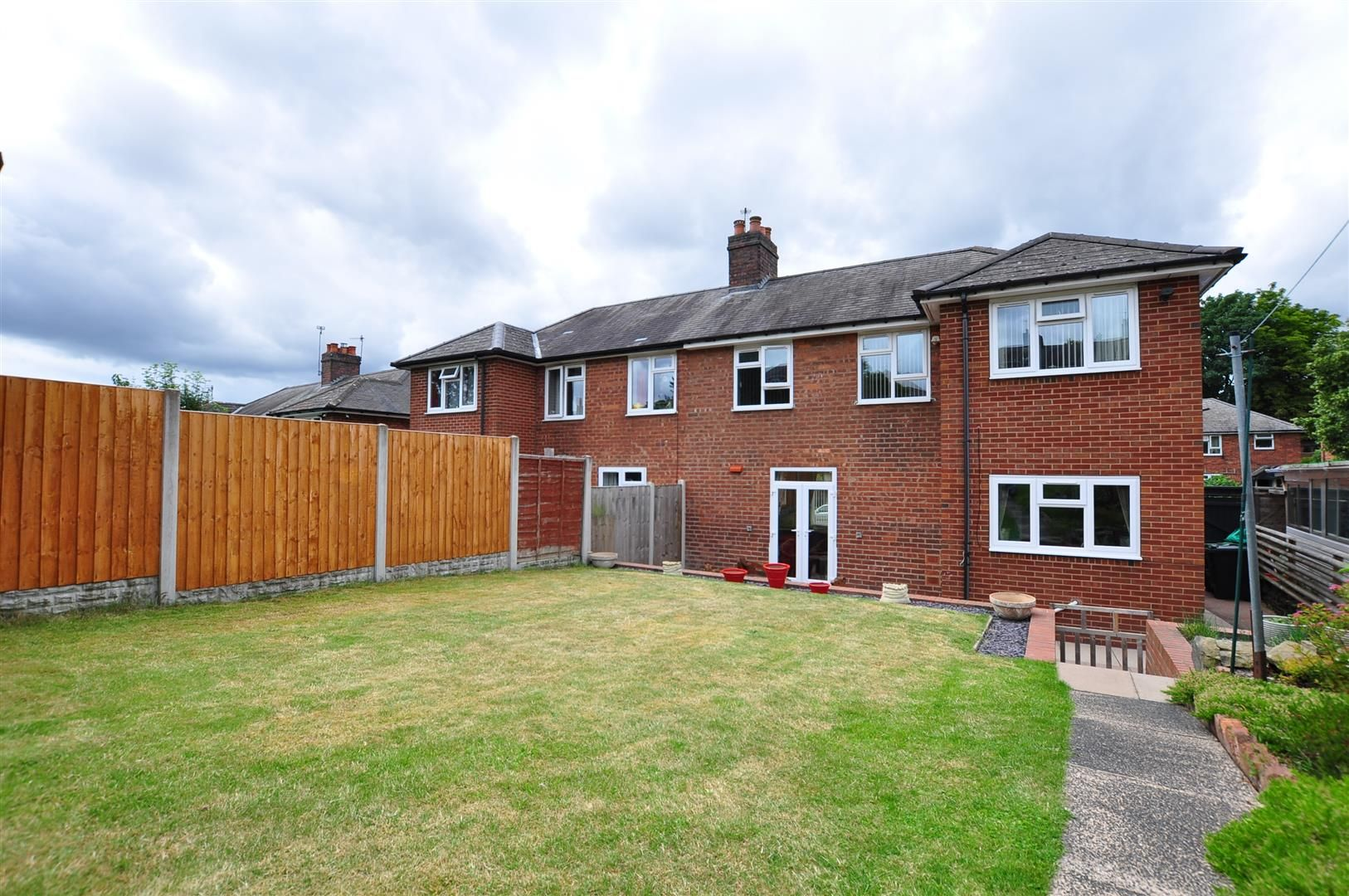 3 bed semi-detached for sale in Lower Gornal 18