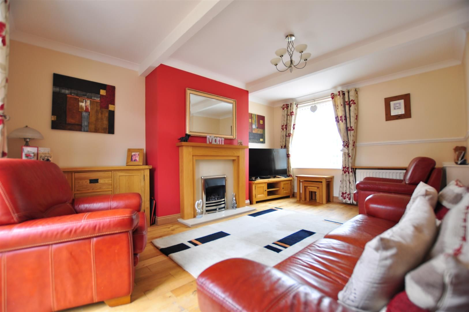 3 bed semi-detached for sale in Lower Gornal 4