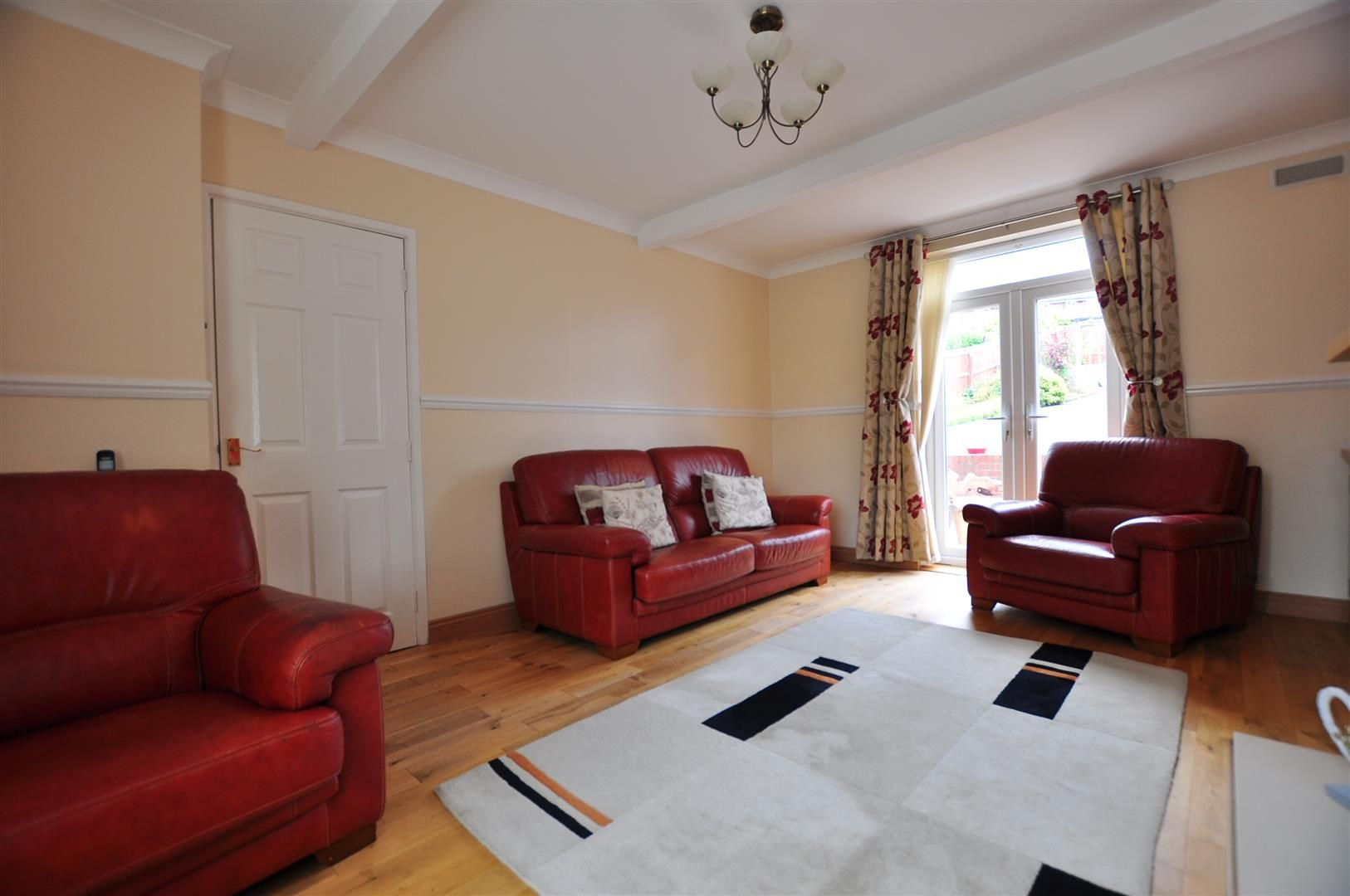 3 bed semi-detached for sale in Lower Gornal 5