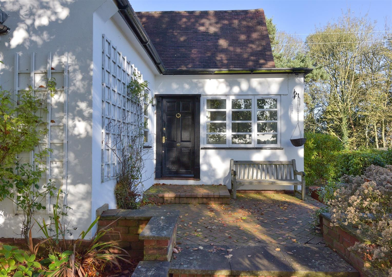 5 bed detached for sale in Kinver 2