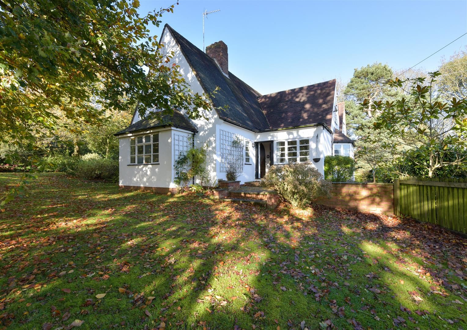 5 bed detached for sale in Kinver 29