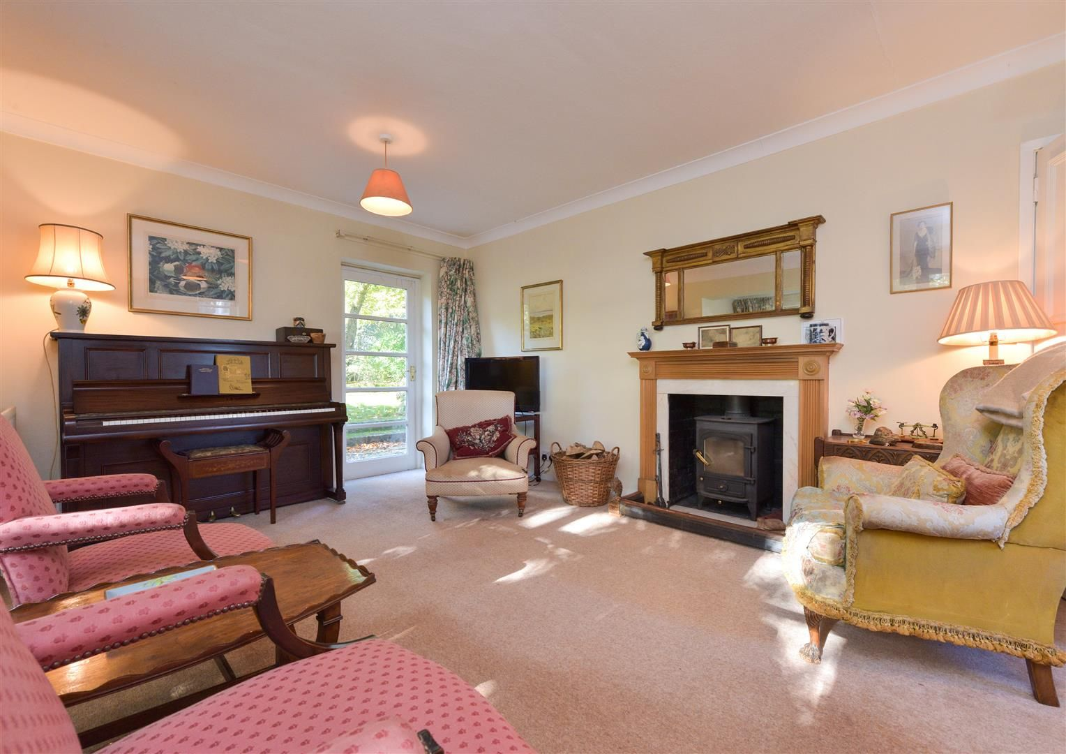 5 bed detached for sale in Kinver 9