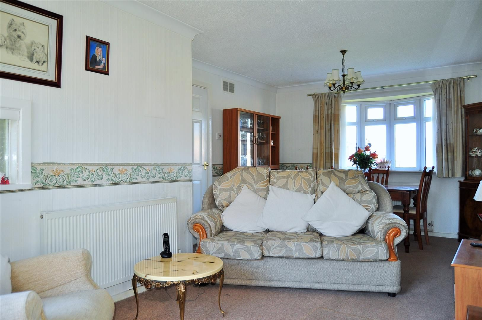 3 bed end-of-terrace for sale 3