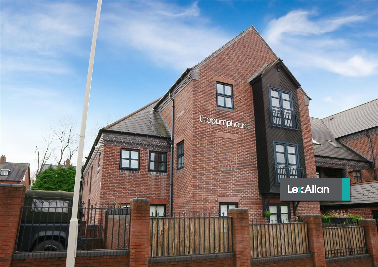 1 bed flat for sale, DY9