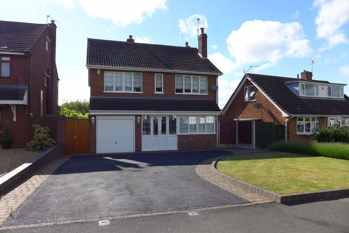 4 bed  to rent in Pedmore 1