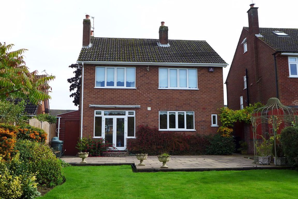 4 bed  to rent in Pedmore 17