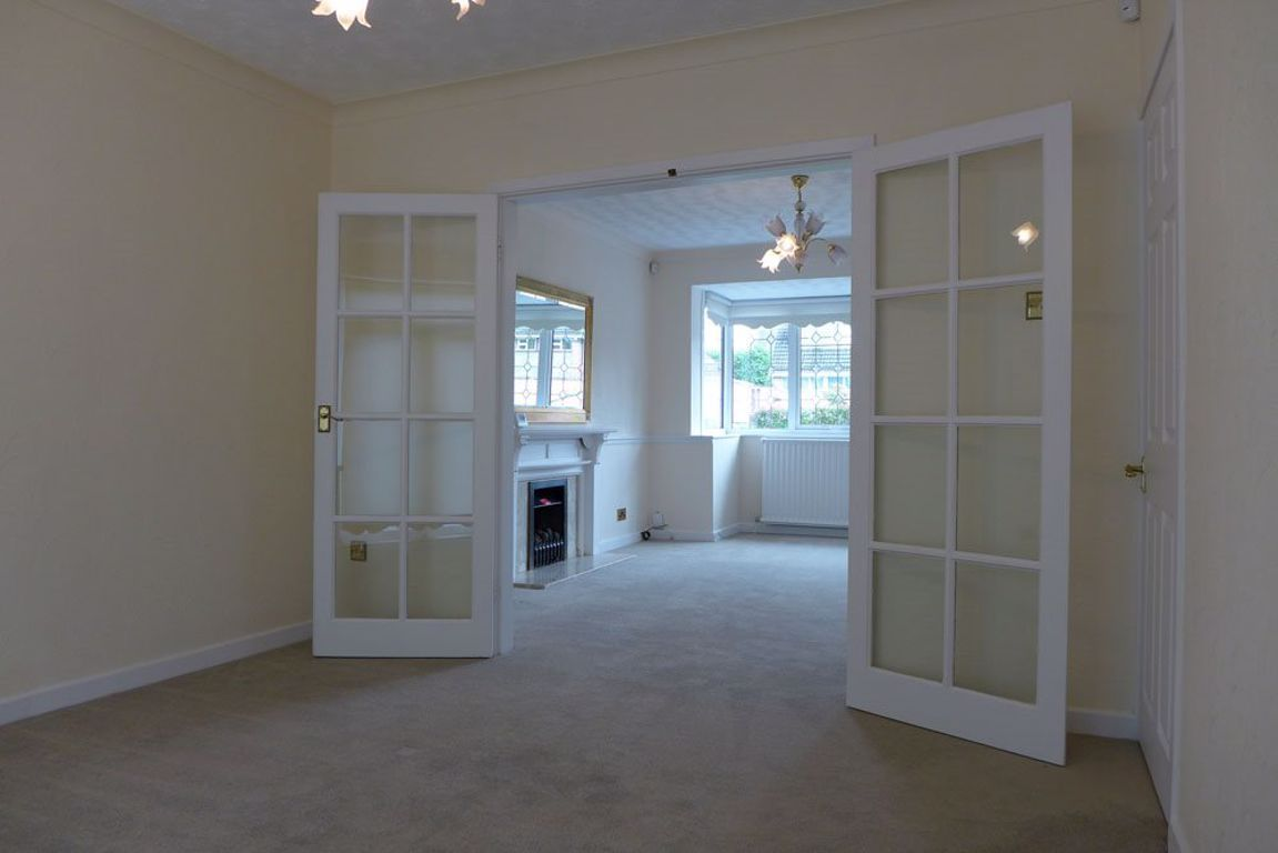 4 bed  to rent in Pedmore 5