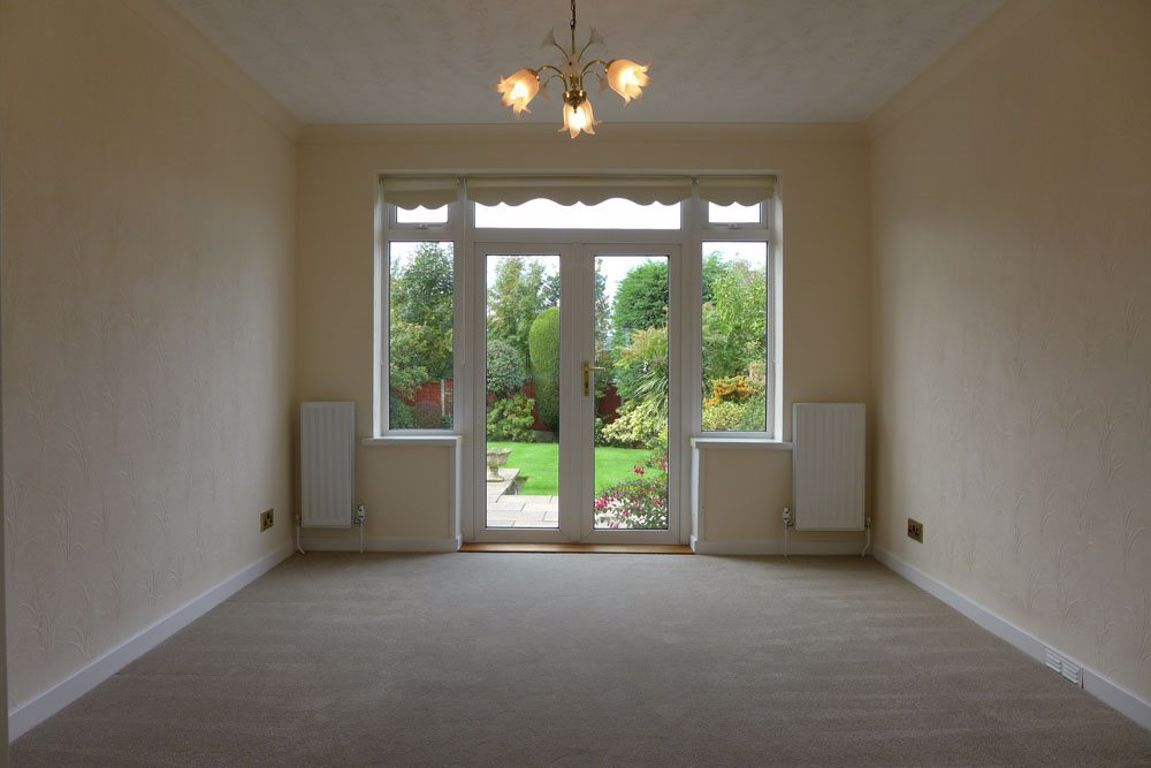 4 bed  to rent in Pedmore 6