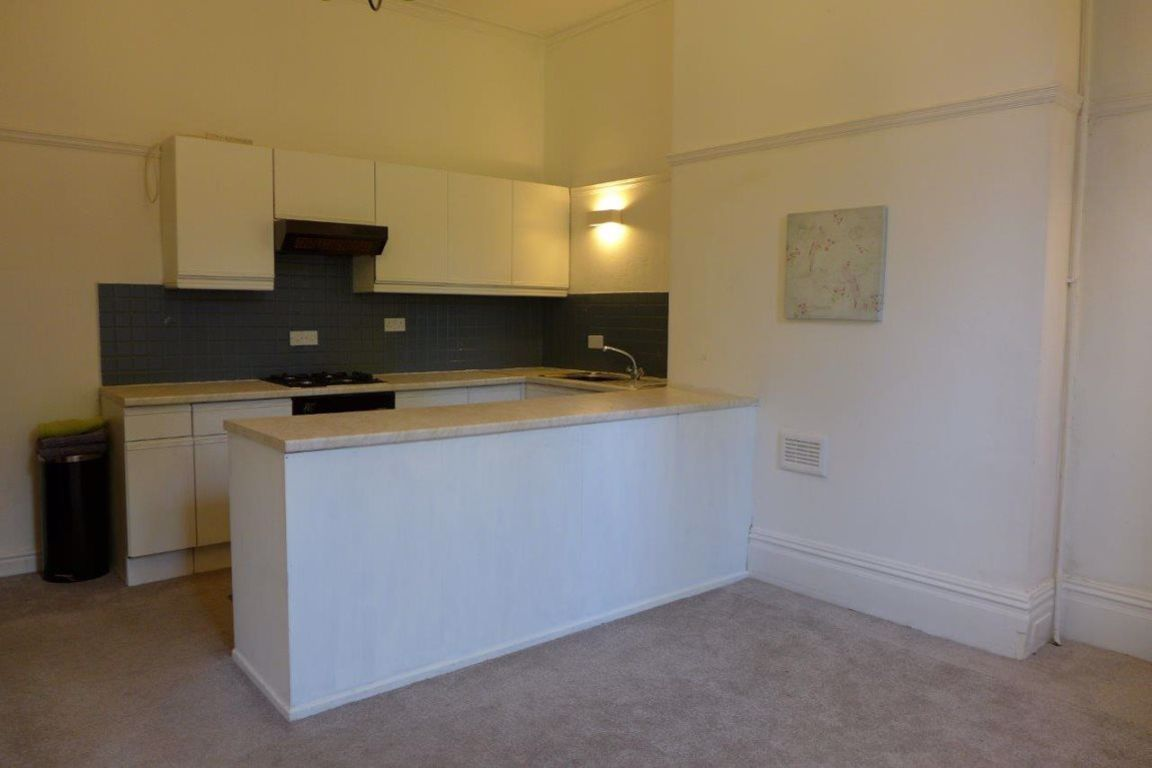 1 bed  to rent  - Property Image 7