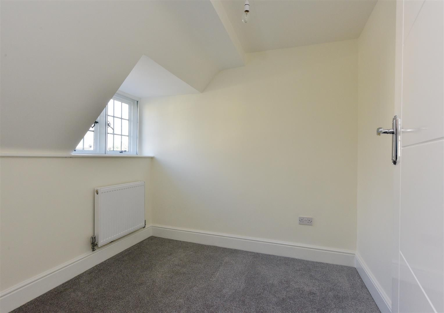 3 bed town-house for sale 14
