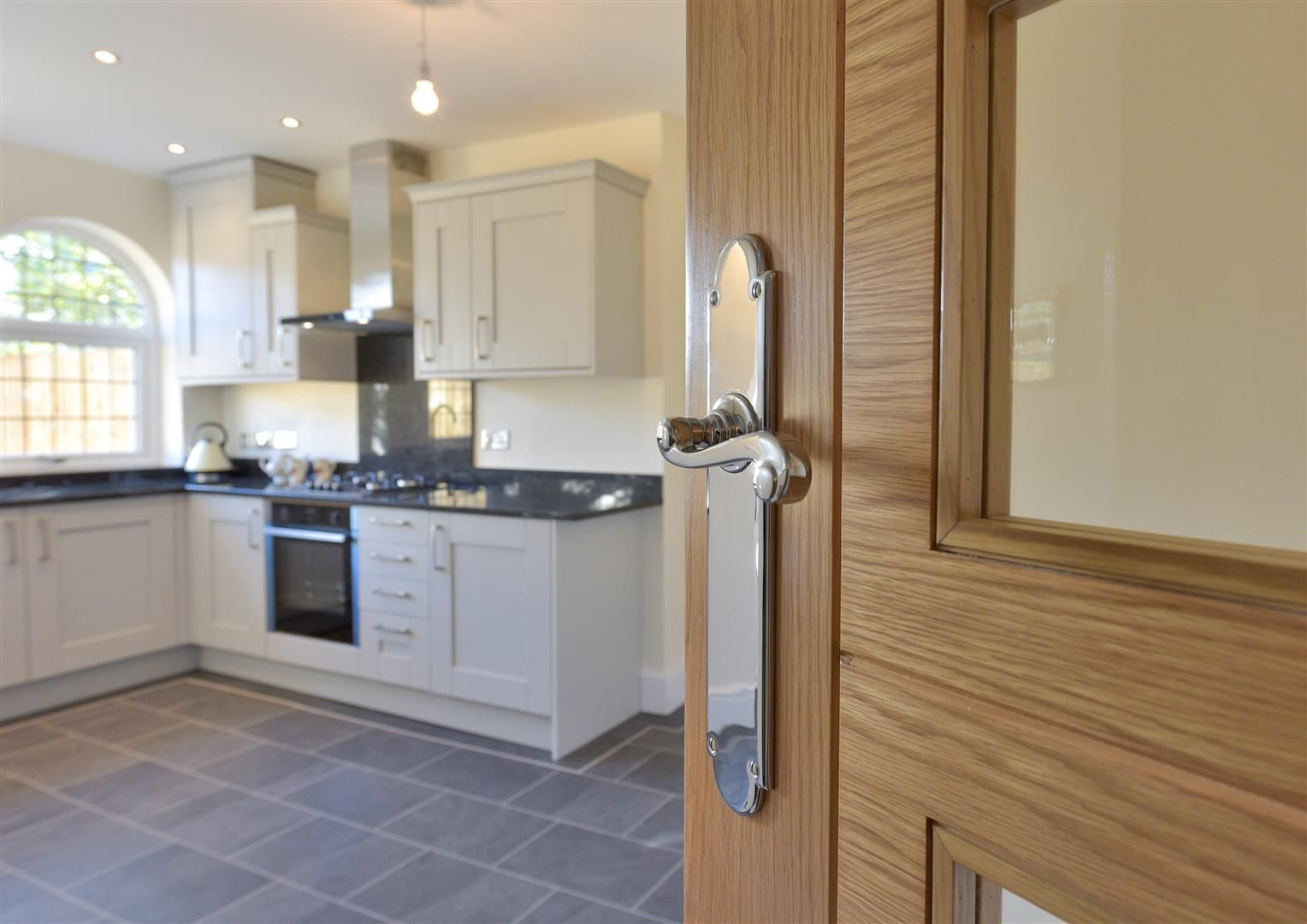 3 bed town-house for sale  - Property Image 5