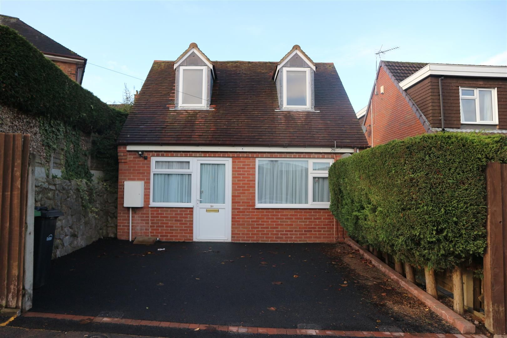 1 bed house for sale  - Property Image 1