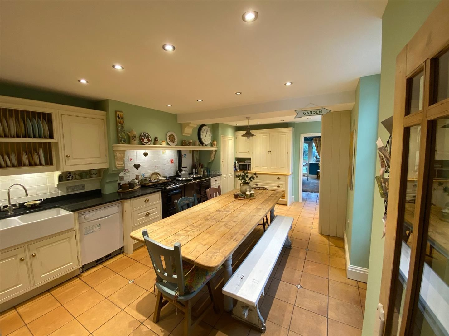 4 bed semi-detached for sale 4