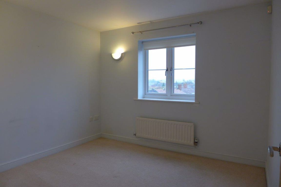 1 bed  to rent  - Property Image 11