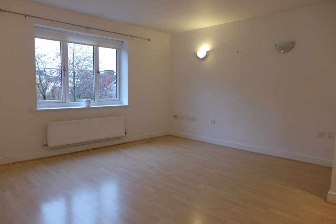 1 bed  to rent  - Property Image 6
