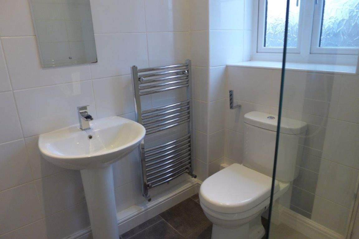 1 bed  to rent  - Property Image 10