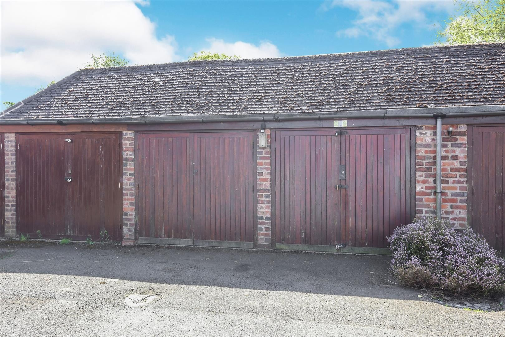 3 bed barn-conversion for sale in Hagley 17